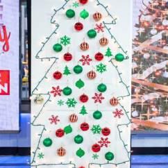 home-christmas-tree-alternative-today-151202-01_ac6c7594ae2e22a11b23e7492b61e1a7.today-inline-large